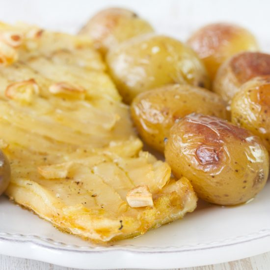 cod fish with potato and olives